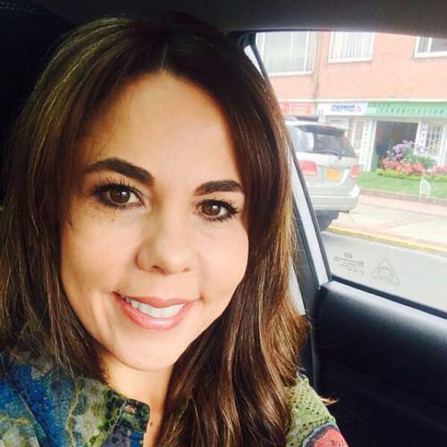 Angela Andrade